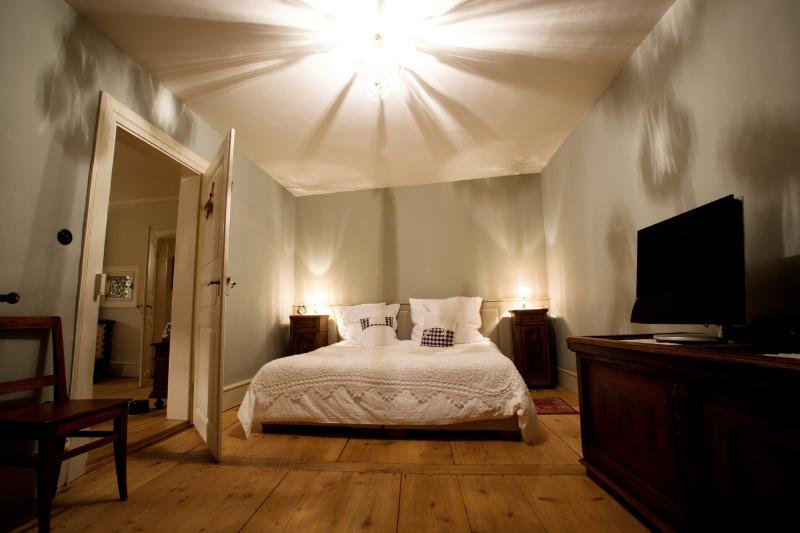 The large bedroom with 180x200 cm bed - Wineroad Hunawihr : Le Prévot**** - Luxury for 2-4 - Hunawihr - rentals
