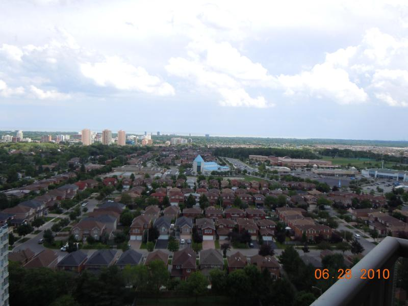Executive Furnished Apartment/Condo available Mississauga Canada - Image 1 - Mississauga - rentals