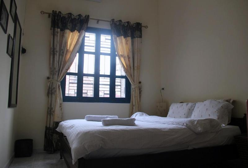 Large bedroom with screened window - Large Apartment in Trang Thi Street-central Hanoi - Hanoi - rentals