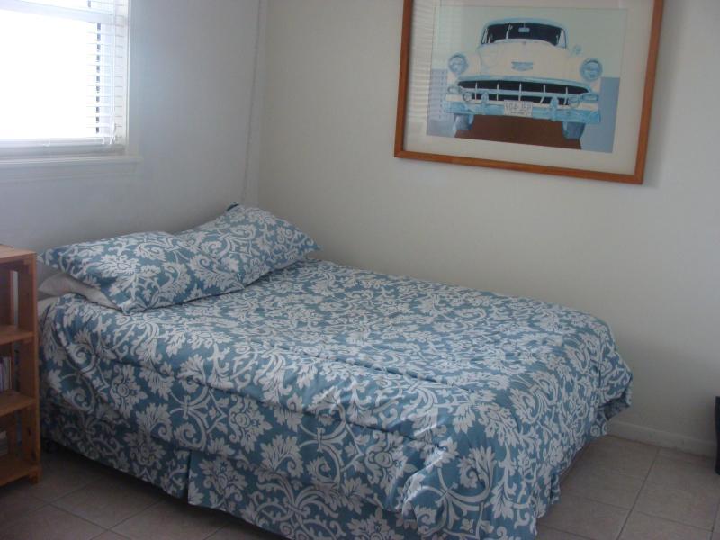 One of two queens in guest room - Oceanfront condo on Daytona Beach - Daytona Beach - rentals
