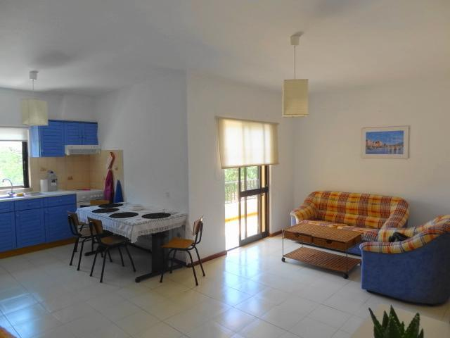 Kitchen & Lounge - Airy 2 double bedroom apartment Blue 2.4 mi beach - Almancil - rentals