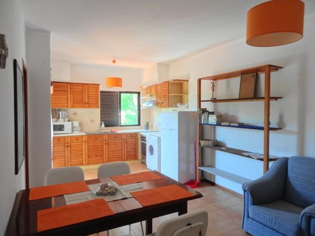 Kitchen & Lounge - Nice Apartment Orange  Central Algarve 2.4 mi beach - Almancil - rentals