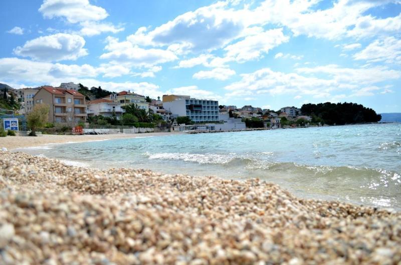 Apartments Neven 2 - Image 1 - Podstrana - rentals