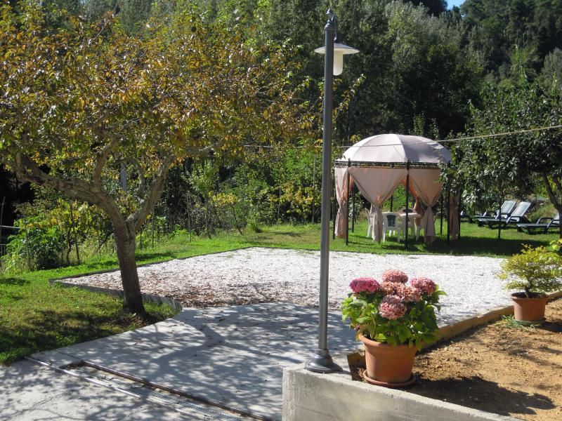 Casa Il Fiore Vacation Rental on the Hills of Versilia in Tuscany - Image 1 - Camaiore - rentals