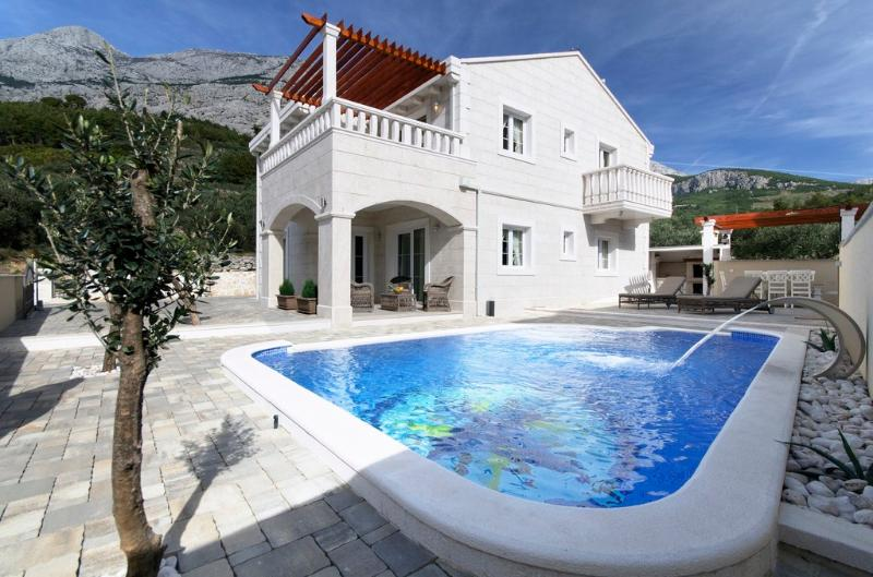 Villa Oliver (8+4) - Makarska - Image 1 - Makarska - rentals