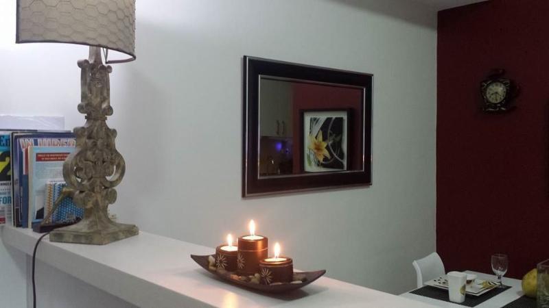 Dining Room - FREE UTILITIES 252 s.f. STUDIO $43/day - Quezon City - rentals