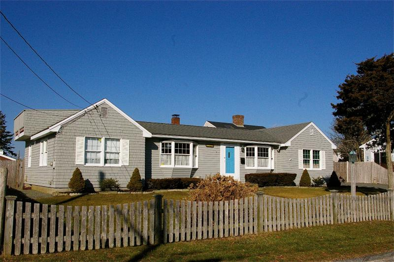 Cape Cod Cottage Steps from the Beach! - Image 1 - West Yarmouth - rentals