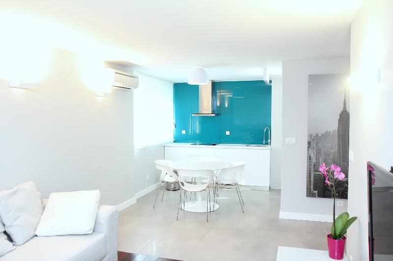 Luxury sea view apartment - Image 1 - Split - rentals