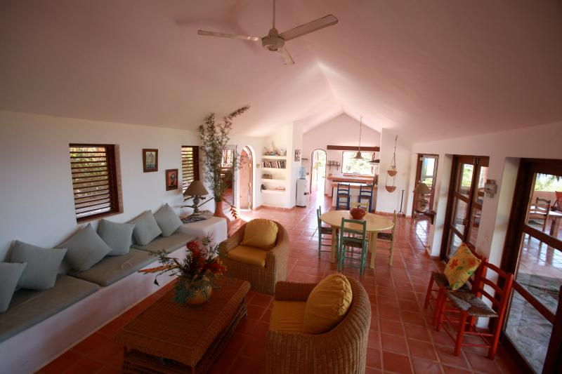 Lounge, dining room and kitchen seen by the masters bedroom - Villa view on the beach - Las Terrenas - rentals