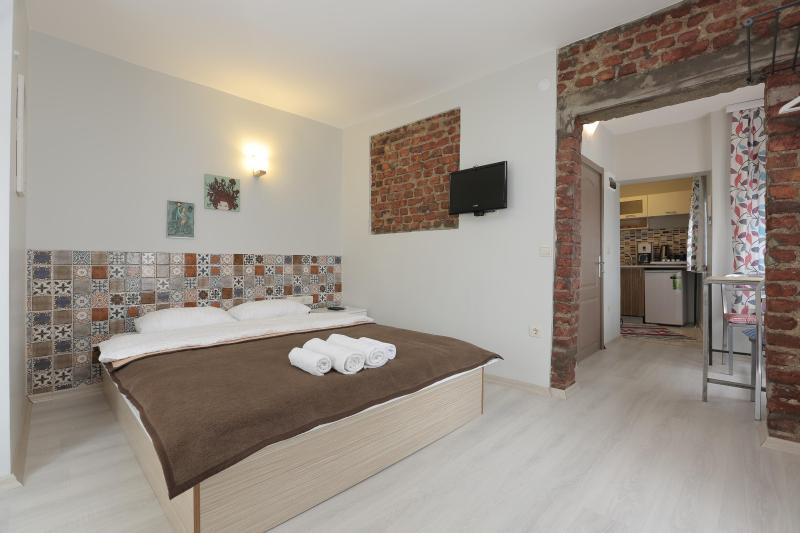 Bedroom Space - Spacious Studio by Istiklal Avenue! - Istanbul - rentals