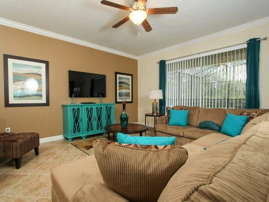 6 bedroom 5 bathroom with Pool & Spa. 2967BUCC - Image 1 - Orlando - rentals