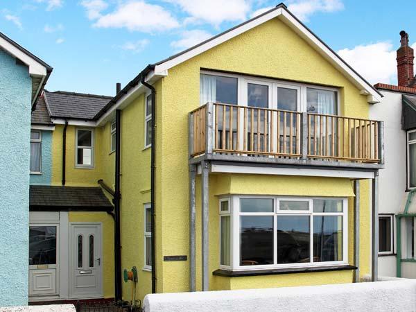 TRYSOR Y MOR, sea views, child-friendly, fantastic coastal location,  in Boerth, Ref. 28596 - Image 1 - Borth - rentals