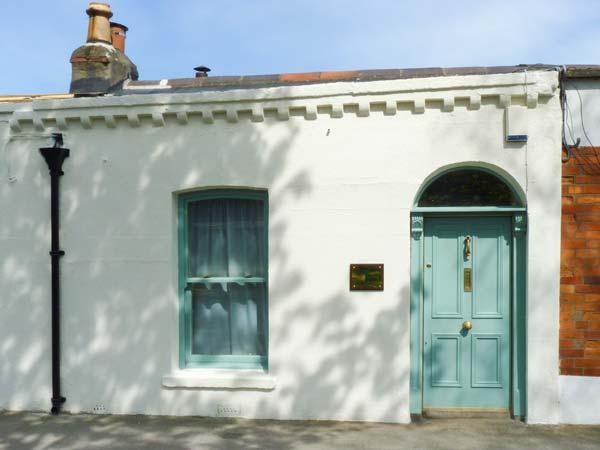 COOLVILLE, close to city centre, all ground floor, Ref 912143 - Image 1 - Dublin - rentals