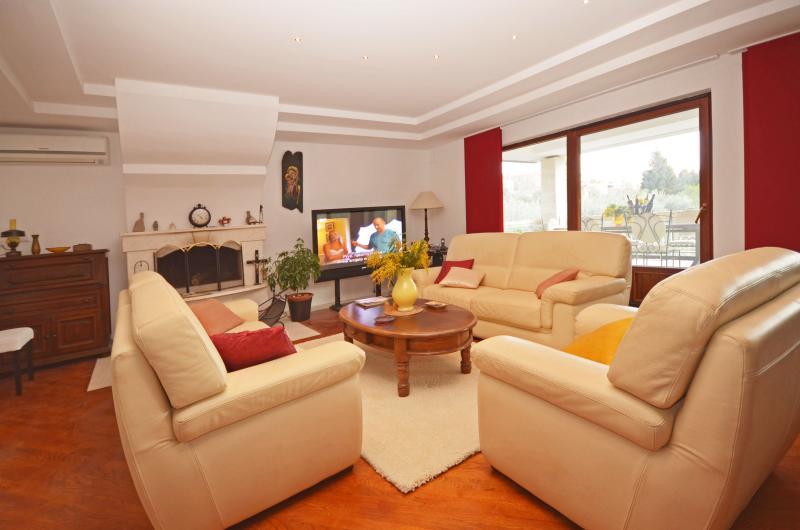 Villa Pax Maris - V2361-K1 - Image 1 - Komarna - rentals