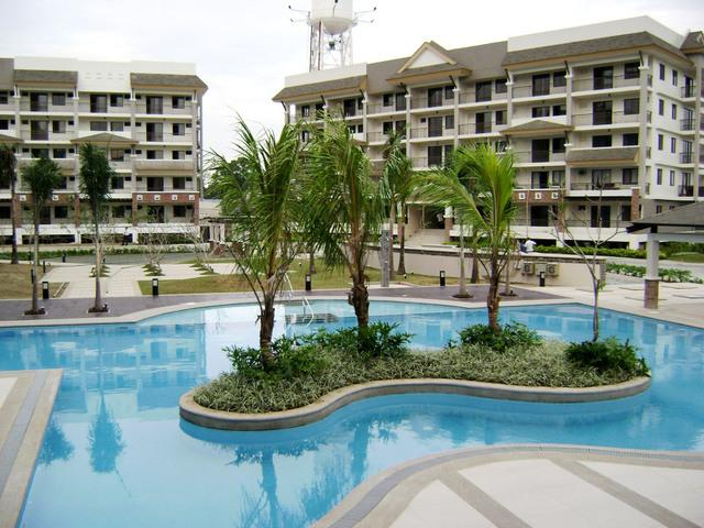 Front Pool - Lavish 2 Bedroom Furnished Condo Unit For Rent - Pasig - rentals
