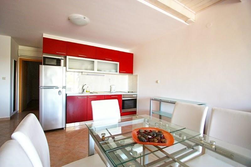 2 story apartment with sea views - Koralj - Image 1 - Cove Makarac (Milna) - rentals