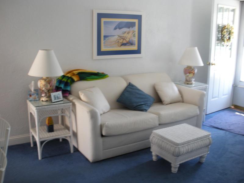 Living Room - Beautiful Two-Bedroom Condo - Wildwood Crest - rentals