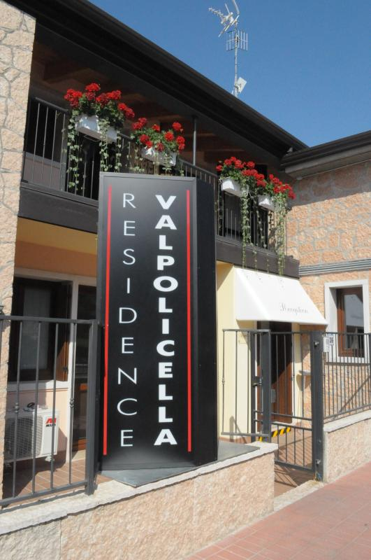 RESIDENCE VALPOLICELLA - One-bedroom Apartment by Residence Valpolicella - Sant'Ambrogio di Valpolicella - rentals