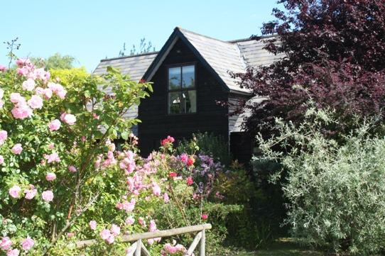 Contemporary self contained B&B apartment in Sleepy Suffolk - Image 1 - Bury Saint Edmunds - rentals