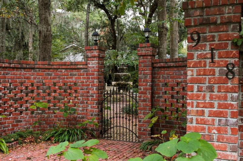Entry to property - Breezeway Studio Manor near Tybee Island  (BR with - Savannah - rentals