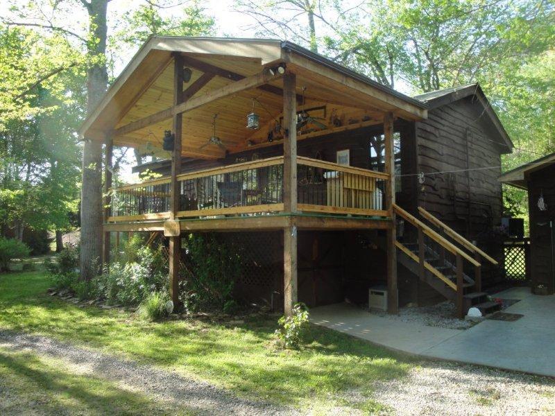 Wild Bills River Escape Cabin - Wild Bills River Escape--Hot Tub Near Gem MInes - Franklin - rentals