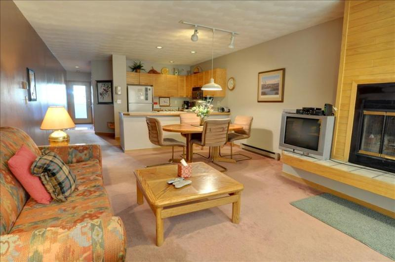 EAST BAY 1st Floor, 1 Bed/1 Bath on the Shore of Lake Dillon, Spectacular Views, Covered Parking, Fr - Image 1 - Dillon - rentals