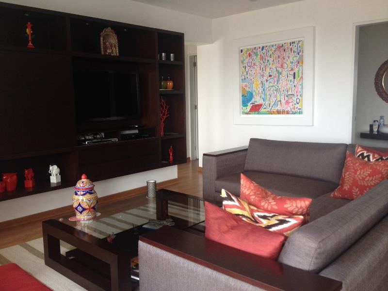 Living room area with balcony - Great 2 Bedroom Apartment in Barranco with balcony - Lima - rentals