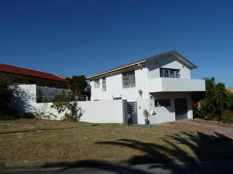 Front house - Cape Town at your feet- 3bed House - Welgemoed - rentals