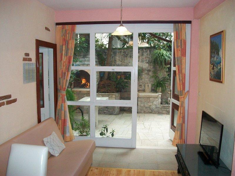 Apartment simply-0006 - Image 1 - Trogir - rentals