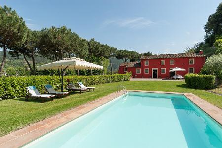 Restored Il Frantoio with olive grove gardens, valley views, floodlit pool & chef and maid - Image 1 - Vorno - rentals