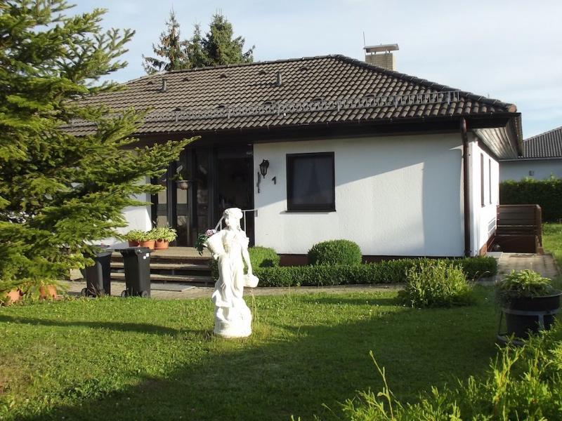 Vacation Apartment in Westerheim, Baden-Württemberg - 538 sqft, quiet, active, comfortable (# 5153) #5153 - Vacation Apartment in Westerheim, Baden-Württemberg - 538 sqft, quiet, active, comfortable (# 5153) - Westerheim - rentals