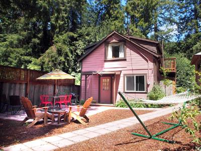 The Hungry Tortuga, exterior, patio, BBQ, firepit - The Hungry Tortuga - Monte Rio - rentals