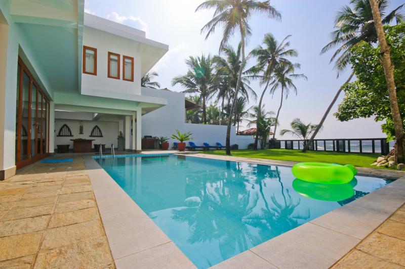 Out Side - Luxury Beach villa on Unawatuna Beach - Dambulla - rentals