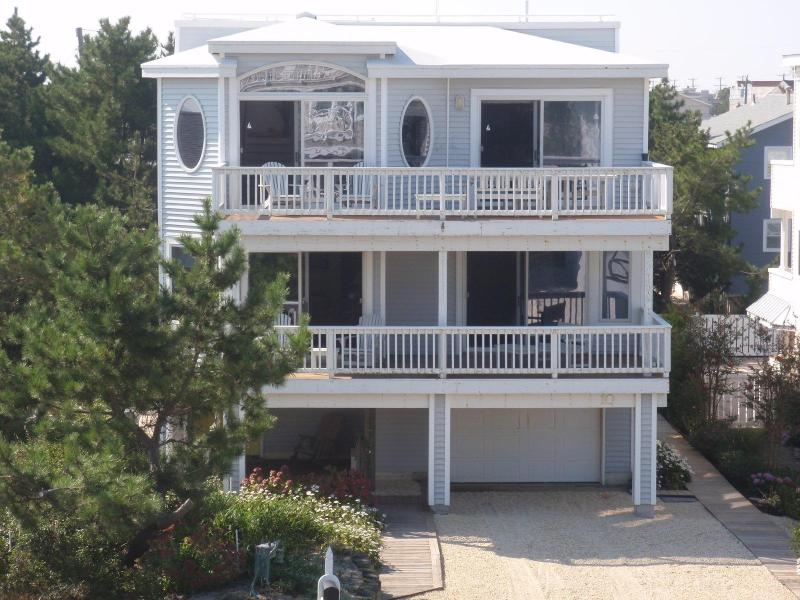 Front of house - Beautiful Ocean Views, Large House, Harvey Cedars, Atlantic Ave. - Harvey Cedars - rentals