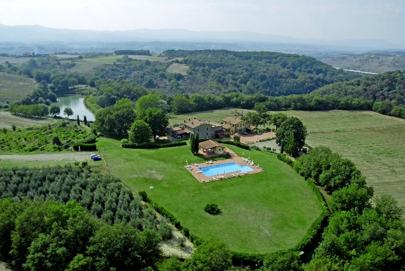 Arno Valley - Colline House, in Tuscany, Residence Il Palazzo - Pergine Valdarno - rentals