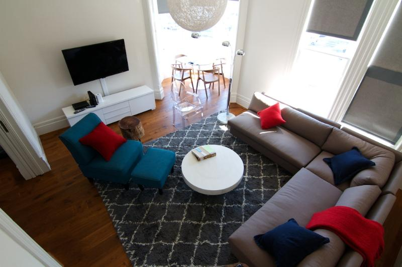 Living room - brand new remodel throughout the entire apartment. - Newly Remodeled Victorian 2 Bedroom Beauty - San Francisco - rentals