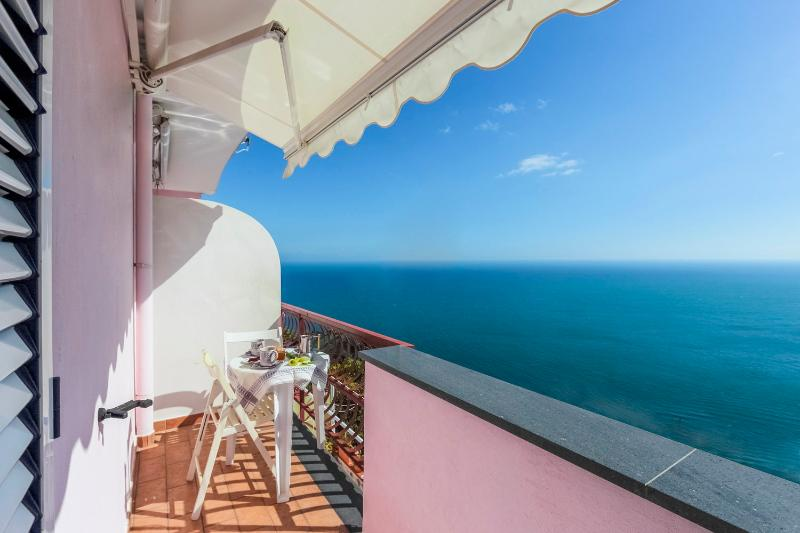 Mare Blu Budget apartment in Amalfi - Image 1 - Amalfi - rentals