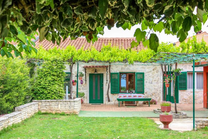 Rustica - Lovely Istrian Countryside House - Image 1 - Marcana - rentals