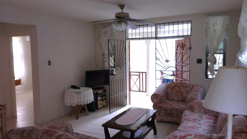 Welches Apt 2, Large two bed near Dover Beach - Image 1 - Dover - rentals