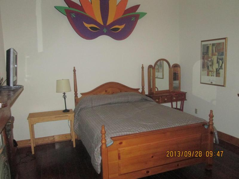 bedroom - Very Nice Space In Garden District - New Orleans - rentals