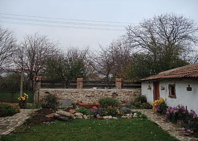 garden - Alania Guest House - Balchik - rentals