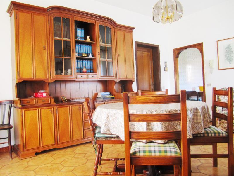 Spacious Villa with big garden - Image 1 - Olbia - rentals
