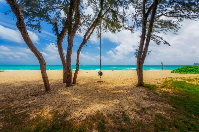 Waimanalo Beach front! 4 BR, 4 BA, Sleeps 8-12 - Image 1 - Waimanalo - rentals