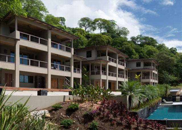 Exterior - 18-bedroom Villa On Private Lot - Great For Weddings & Events - Tamarindo - rentals