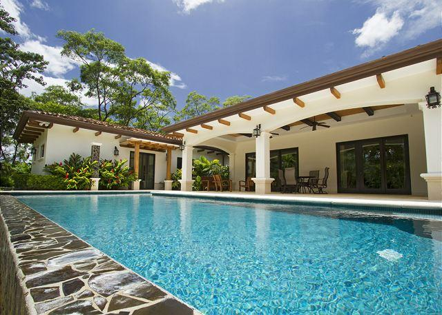 New home secluded and quiet yet close to everything - surf, golf, beach club - Image 1 - Tamarindo - rentals