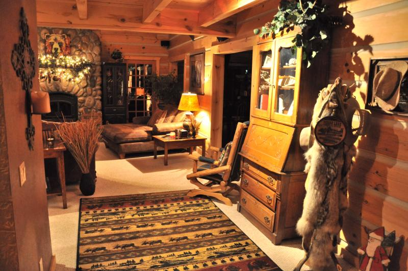 View as you walk into The Lodge - The Lodge at Terrapin Creek - Close to Branson, Mo - Harrison - rentals