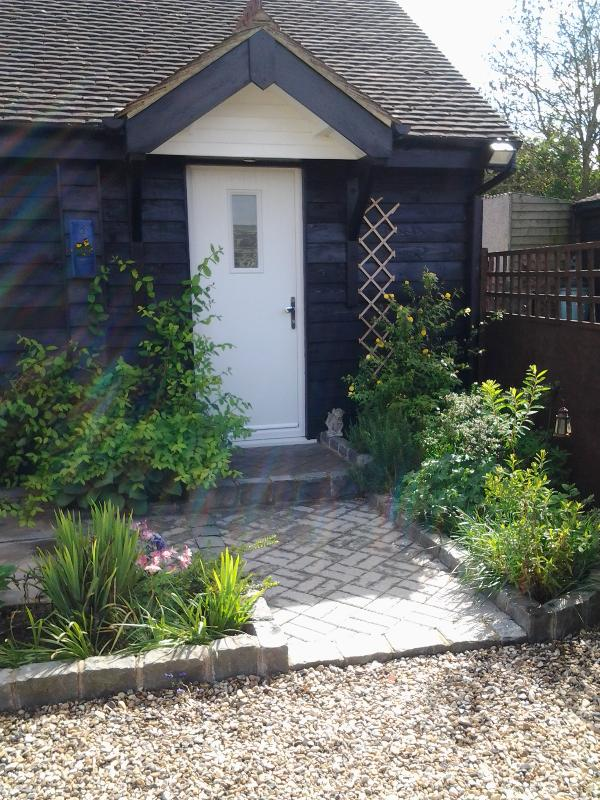 Birch cottage - Image 1 - Maidstone - rentals