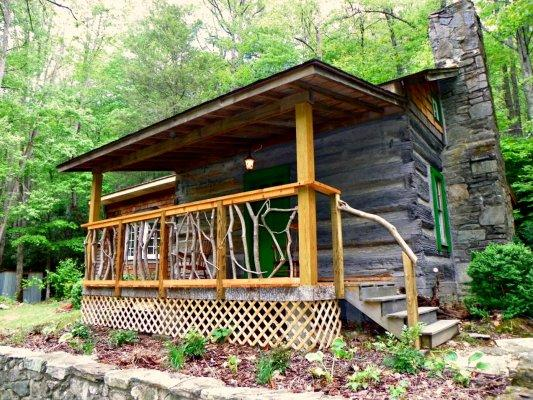 LoveJoy Cabin Location: Boone / Valle Crucis - Image 1 - Boone - rentals
