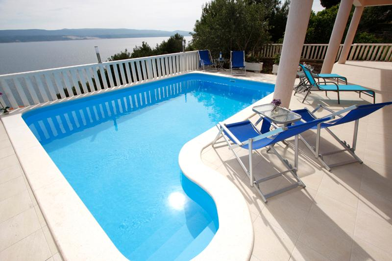 Pool view - Apartment F-2B with pool - Mimice - rentals