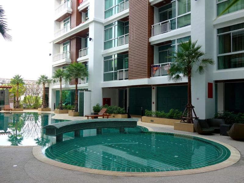 2 bedroom apartment pool and gym Patong center - Image 1 - Patong - rentals